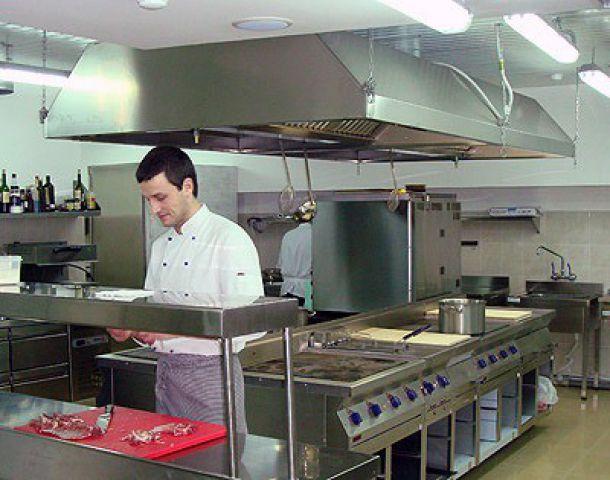 Вентиляция кухни в ресторане, кафе, баре